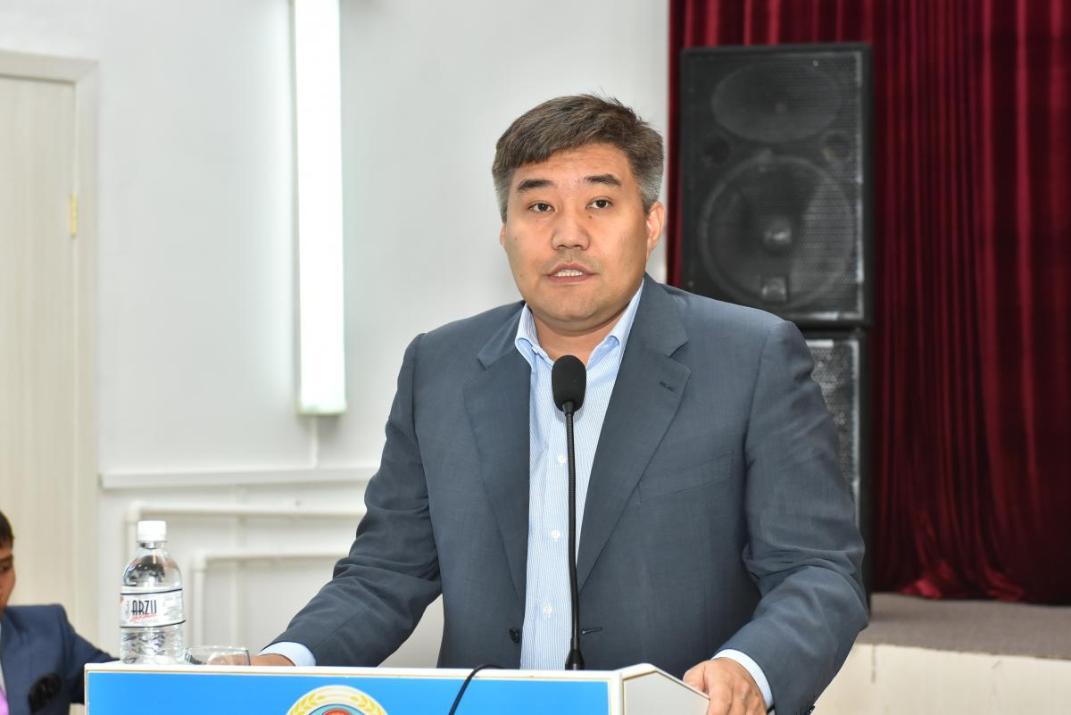 Дархан Калетаев встретился с представителями ДУМК Алматинской области