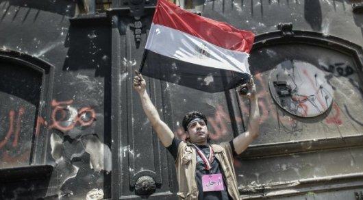 """75 членов группировки """"Братья-мусульмане"""" приговорили к смертной казни в Египте"""
